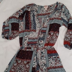 🌸 5/25 Mossimo floral patchwork medium romper